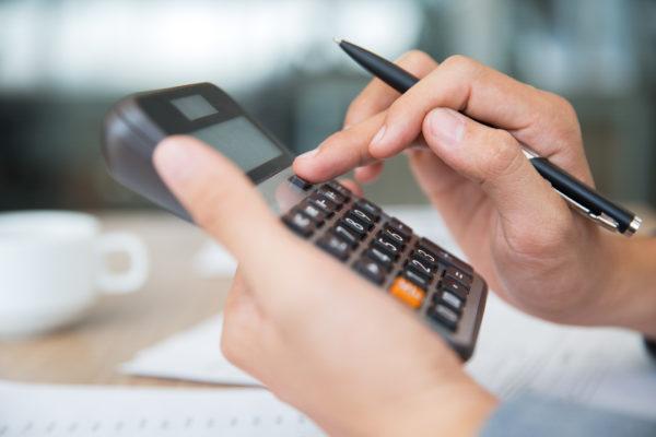 Como determinar a margem de lucro de um restaurante