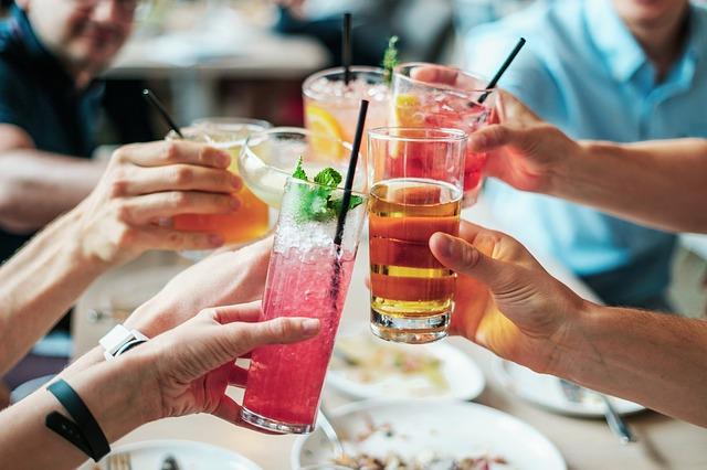 5 Formas de Aumentar o Controle de Bebidas de Um Restaurante