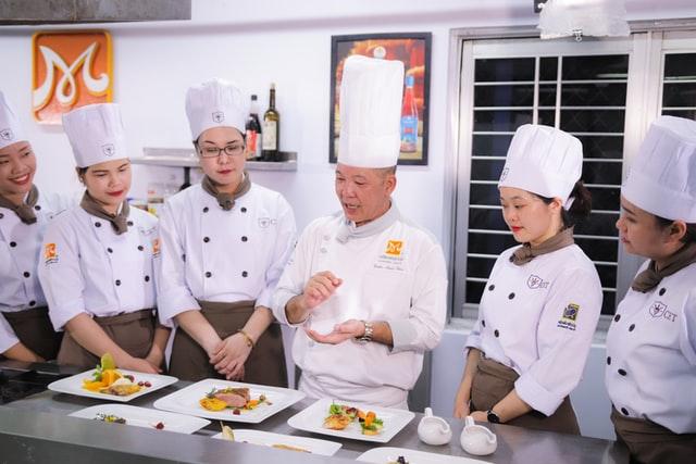 habilidades-equipe-do-restaurante